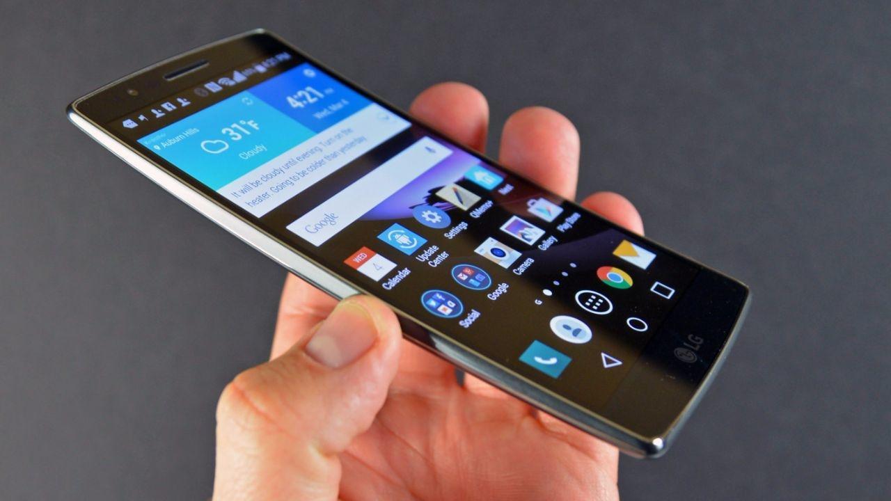 Свежие смартфоны за июль-август 2017