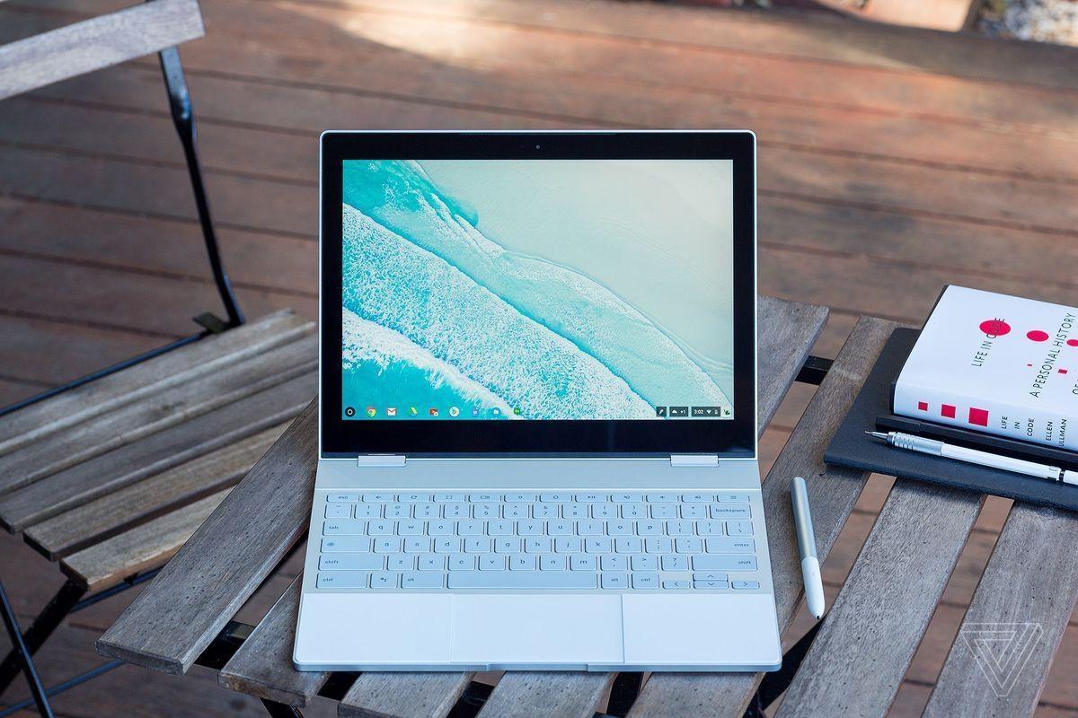 Google создалмоторизированный ноутбук с функцией распознавания лиц