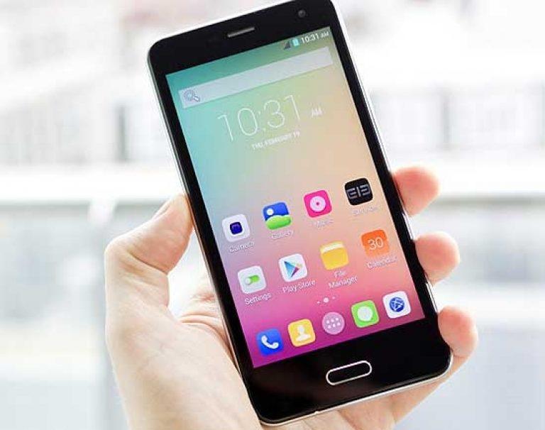 Отмечен спрос на российские смартфоны