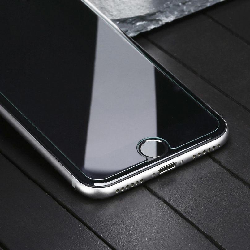Новые проблемы с iPhone 8: царапающееся стекло