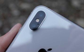 На что снимать лучше - на iPhone X или фотоаппарат?