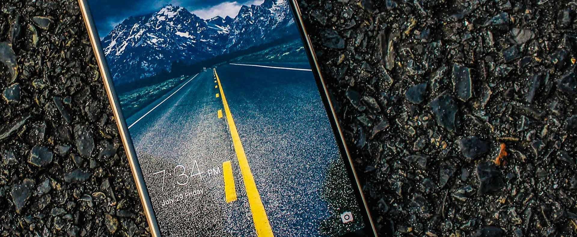 8 смартфонов с идеальными дисплеями для покупки прямо сейчас