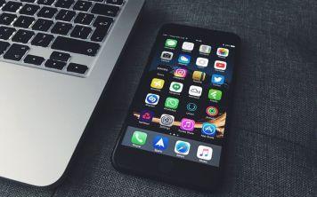 Как перевернуть видео на iPhone?