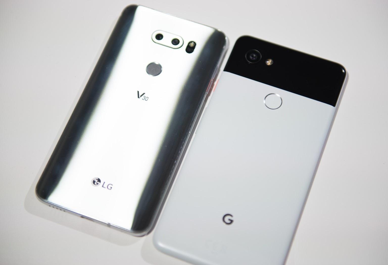 Проверка съёмки лучшей мобильной камеры Google Pixel 2