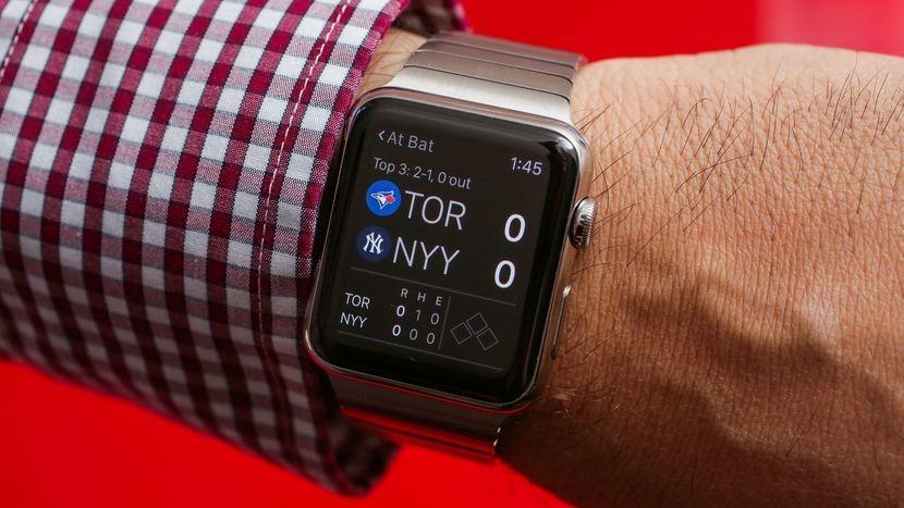 В 2018 Apple планирует выпускать более технологичные умные часы