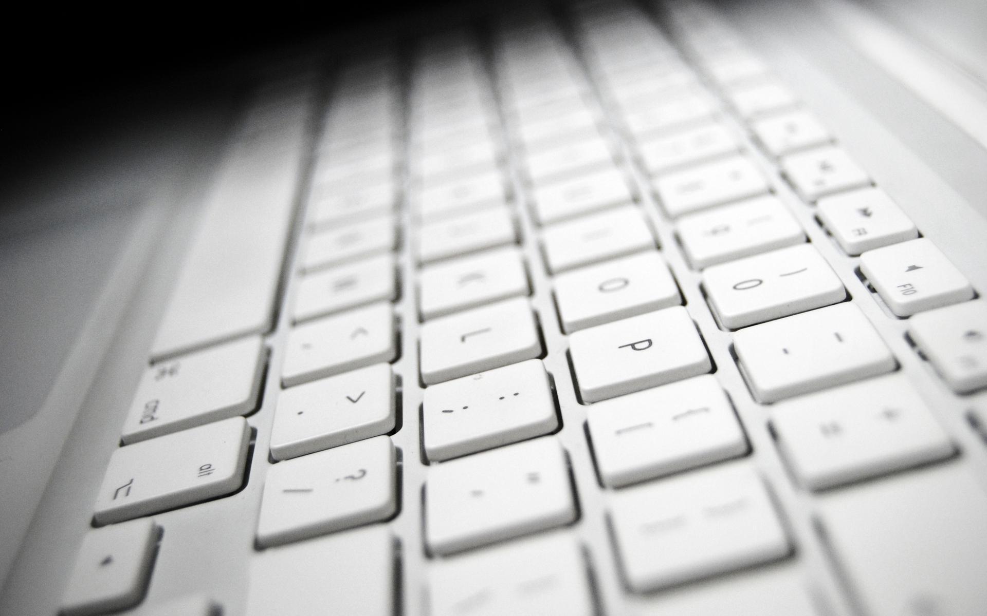 Причины, по которым не работает половина клавиатуры на ноутбуке
