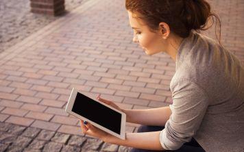 Как современные гаджеты влияют на учебу?