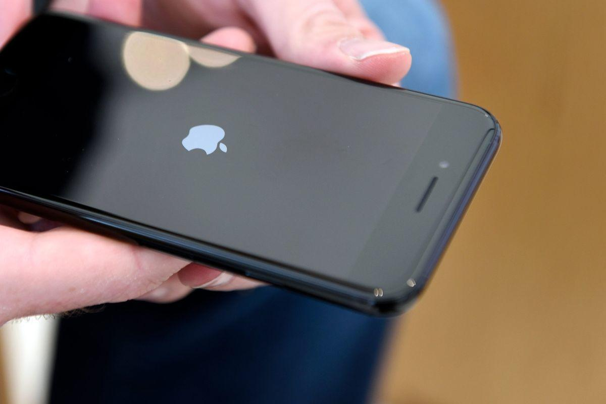 Apple ссорится с поставщиками