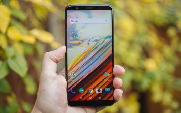 OnePlus 5T теперь в России