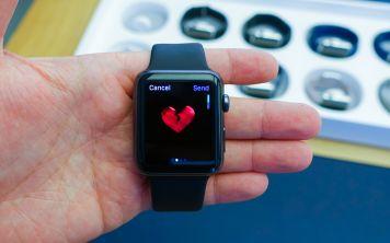 Apple Watch в очередной раз спасли жизнь