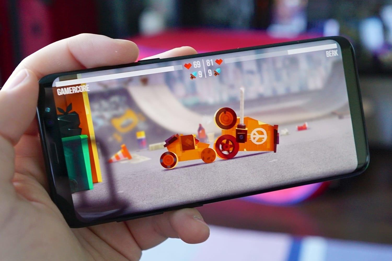 Знаете ли вы, что в каждом смартфоне есть скрытые игры?