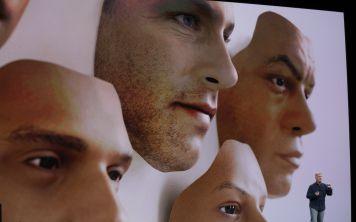 Apple пытается оправдаться за неработающий Face ID на презентации