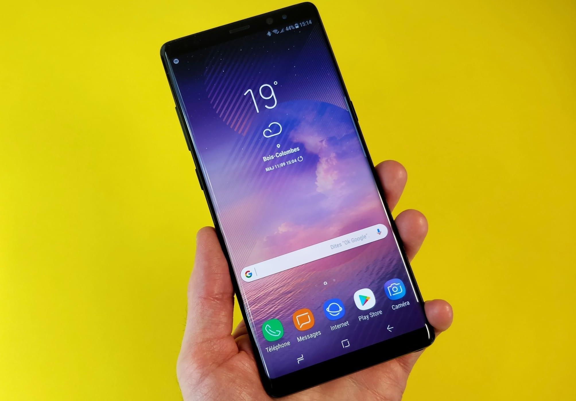 Россияне довольны работой Samsung Galaxy Note 8