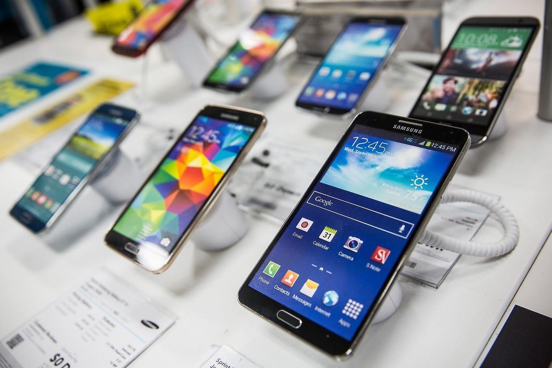 Люди готовы тратить на смартфоны больше