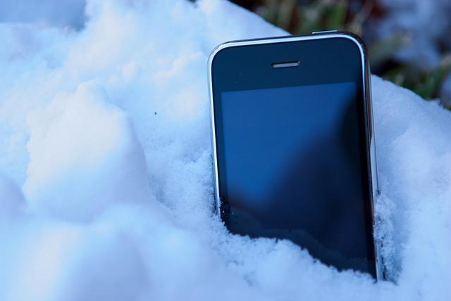 Правильное использование iPhone в холодное время года