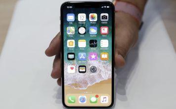 iPhone новых поколений будут работать в России