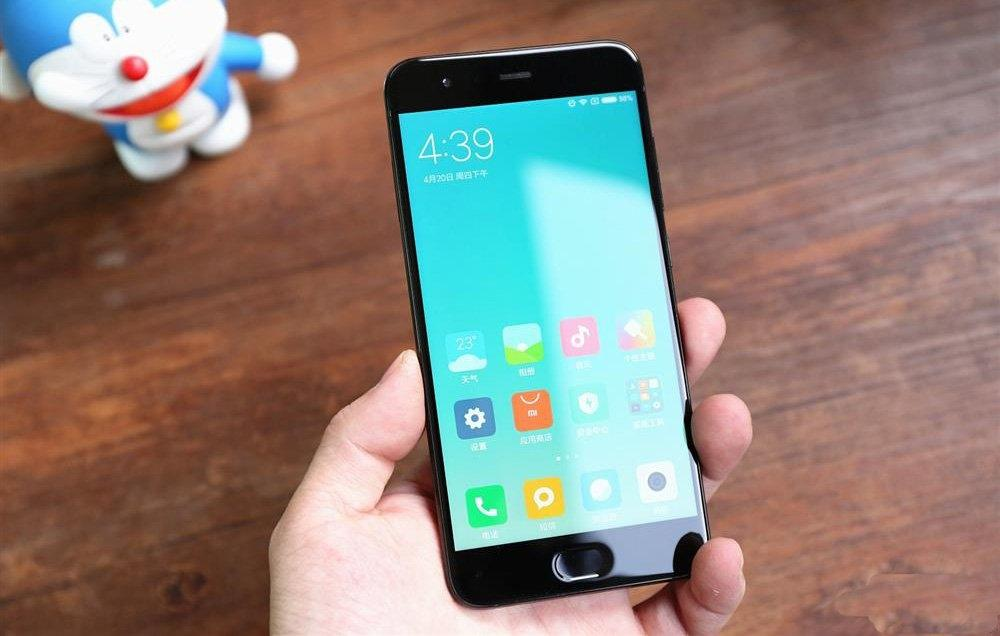 Для Xiaomi Mi6 вышла тестовая версия Android 8.0 Oreo