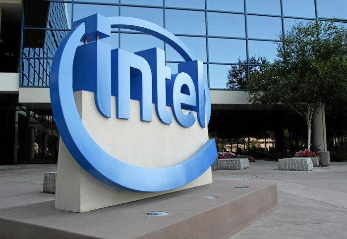 Intel приступает к созданию автопарка из 100 самоуправляемых машин
