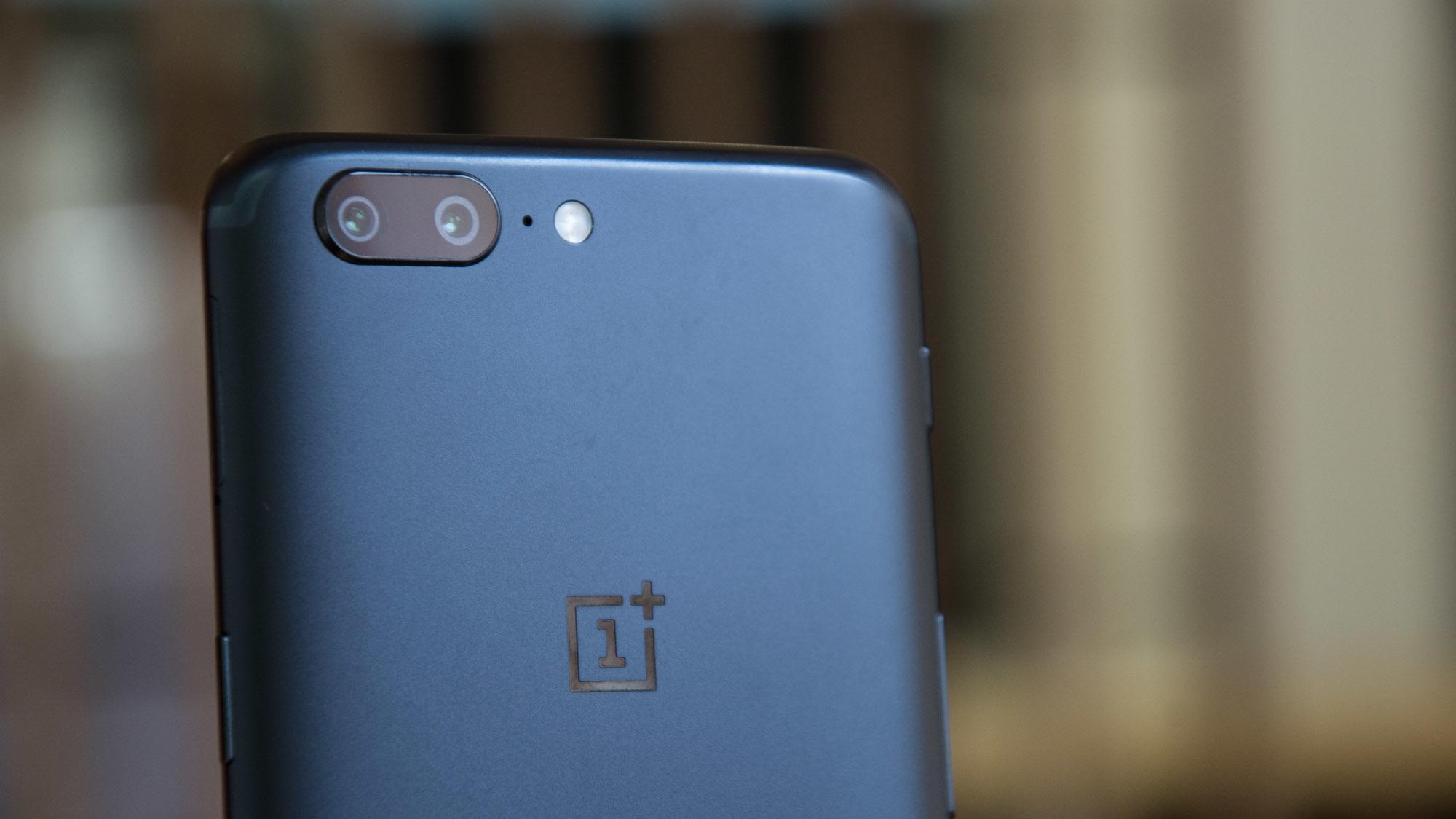 OnePlus 5 и 5T сравнили по качеству съёмки