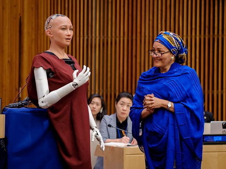 Разум vs чувства: смогут ли роботы поверить в Бога?