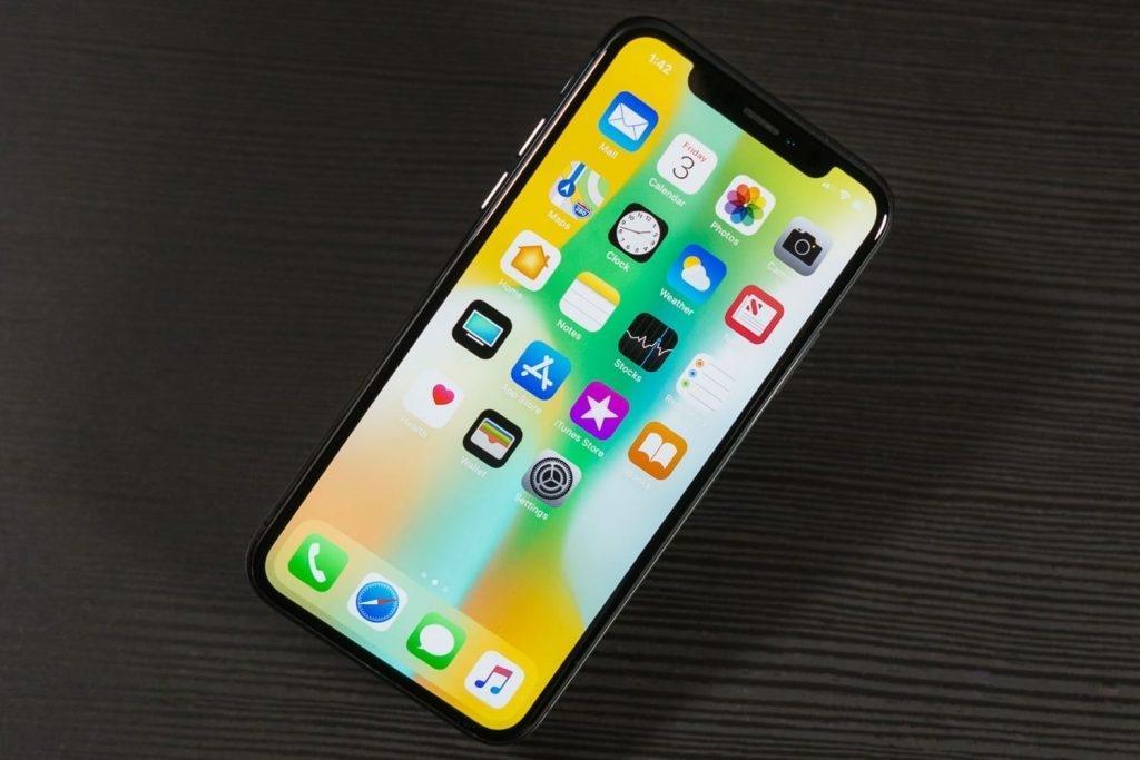 iPhone X показывает слабую автономность