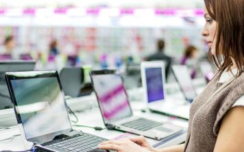 Как сэкономить при покупке ноутбука: лучшие дешёвые модели 2017 года