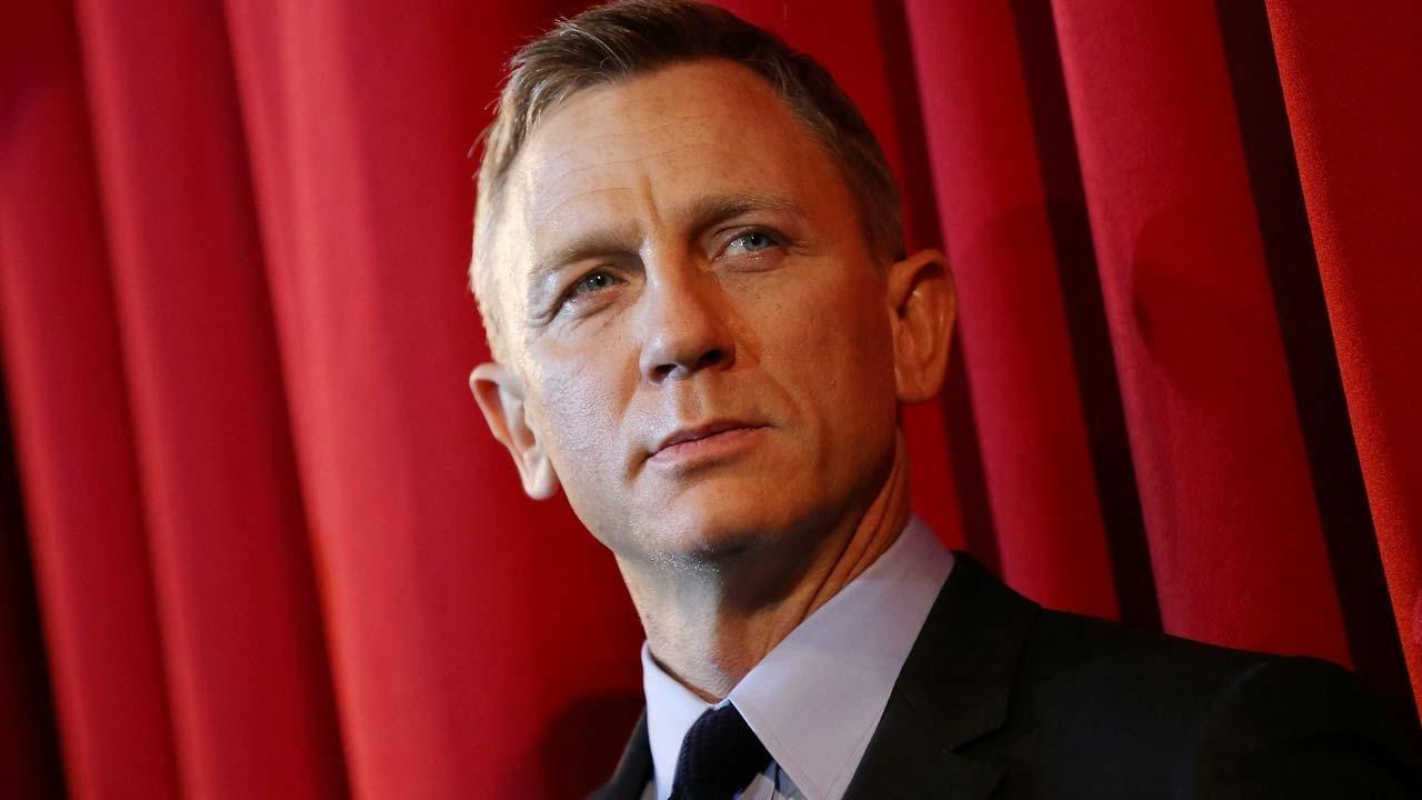 Apple заинтересовались Агентом 007?