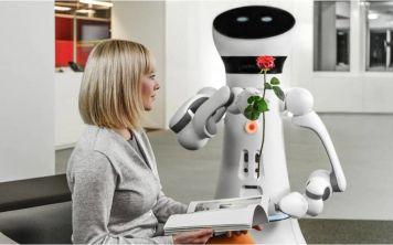 Как воспитать робота правильно