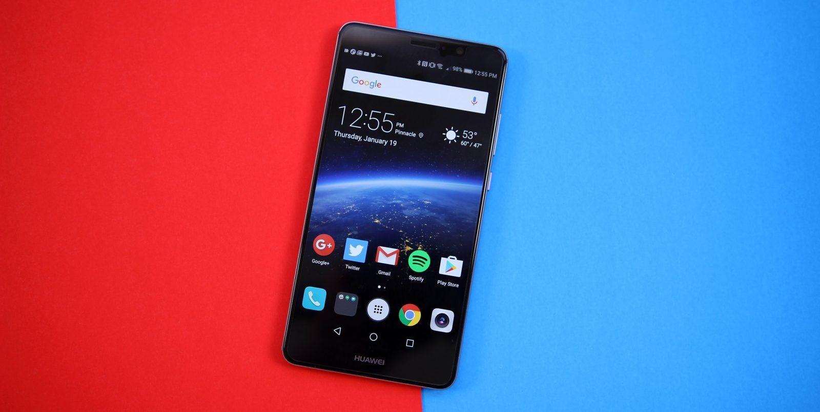 Huawei работают над складным смартфоном