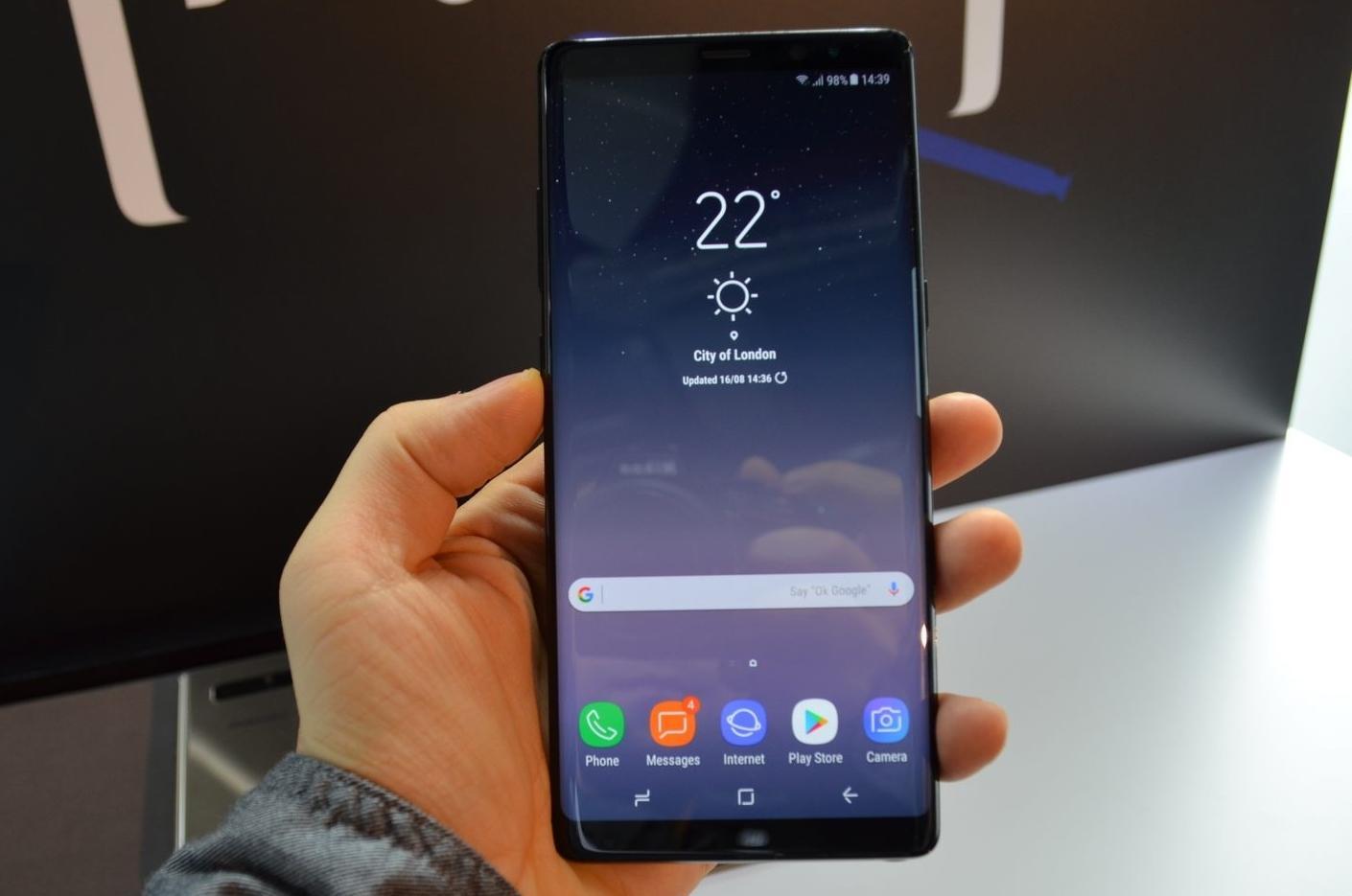 Вышли спецверсии Galaxy S8 и Note 8