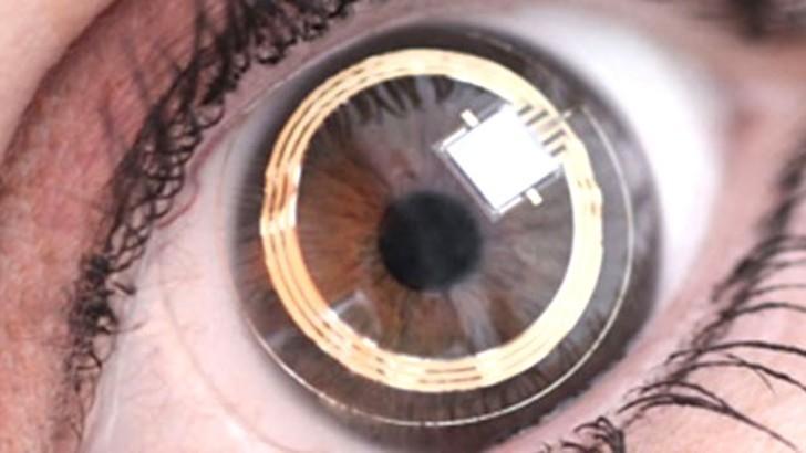 «Умные» контактные линзы от Google