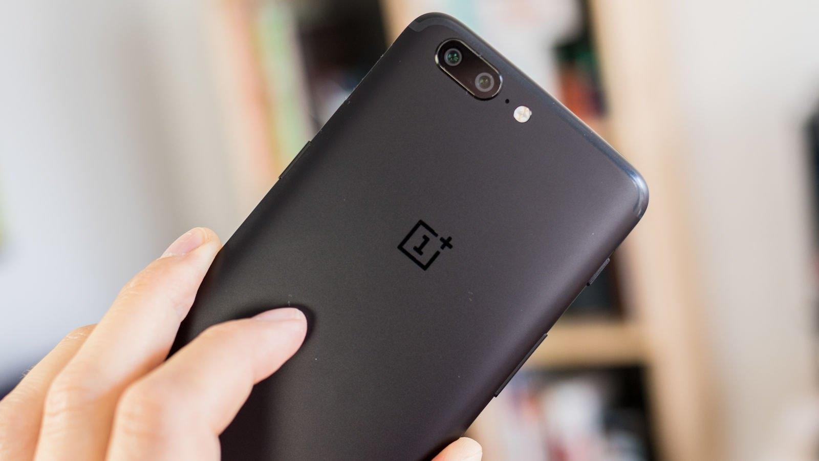 OnePlus 5T против iPhone X
