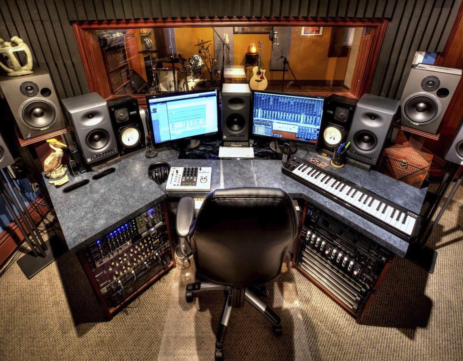 Как профессионально записать песню в домашних условиях
