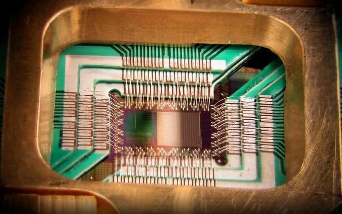 IBM представила самый мощный квантовый компьютер