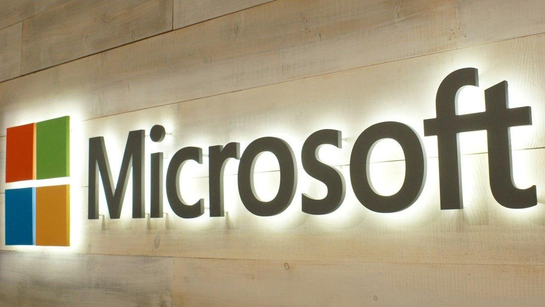 Над чем работают Apple и Microsoft?