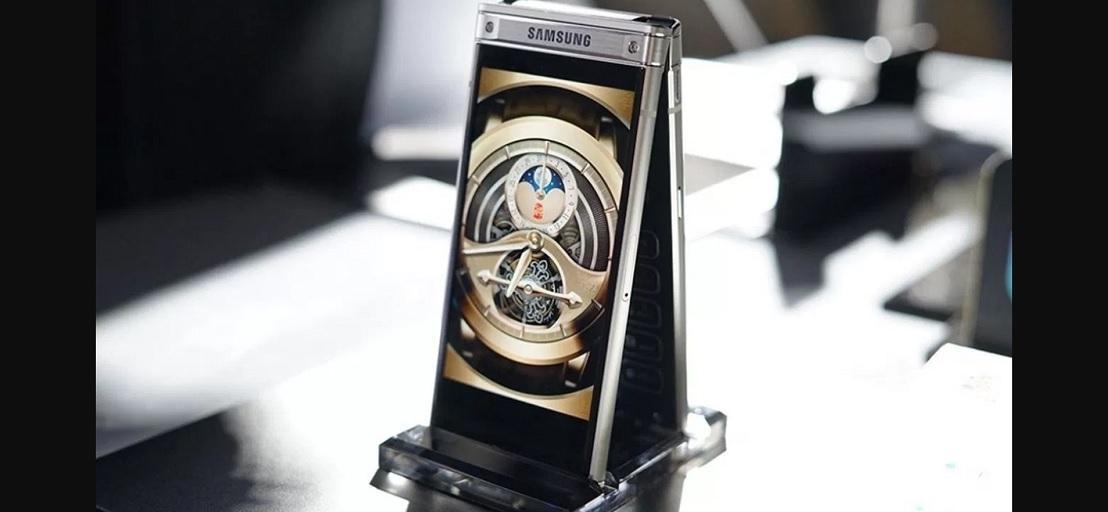 Samsung W2018 оказался имиджевым продуктом