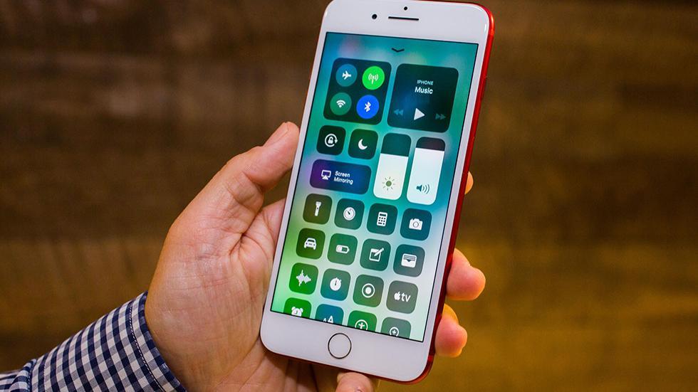 Больше половины пользователей установили iOS 11