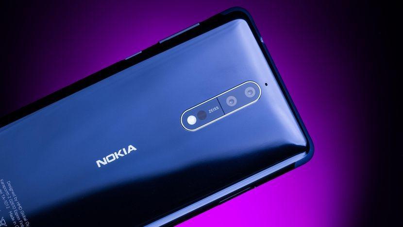 Известный блогер обнаружил внутри Nokia 8 необычную деталь