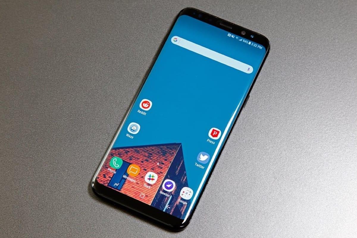 Появились первые фотографии оригинального Galaxy S9