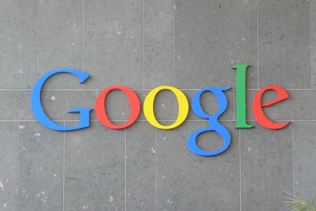 Google может заплатить $3 млрд Apple за то что является поисковиком в IPhone по умолчанию