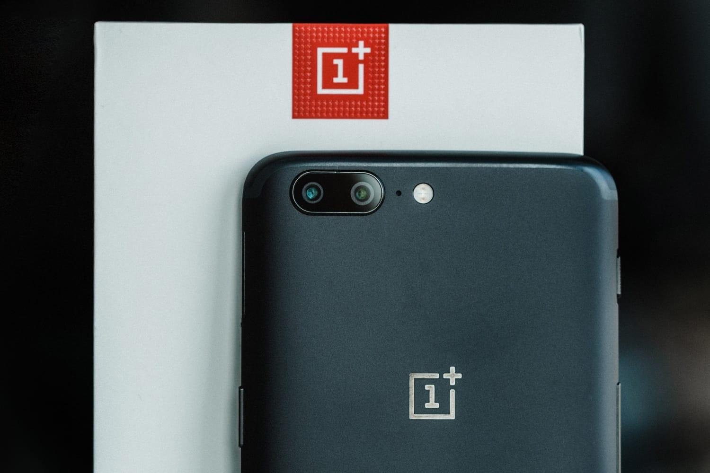 Презентован OnePlus 5T