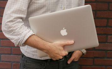 Как установить открытие вкладок вместо окон на MacOS?