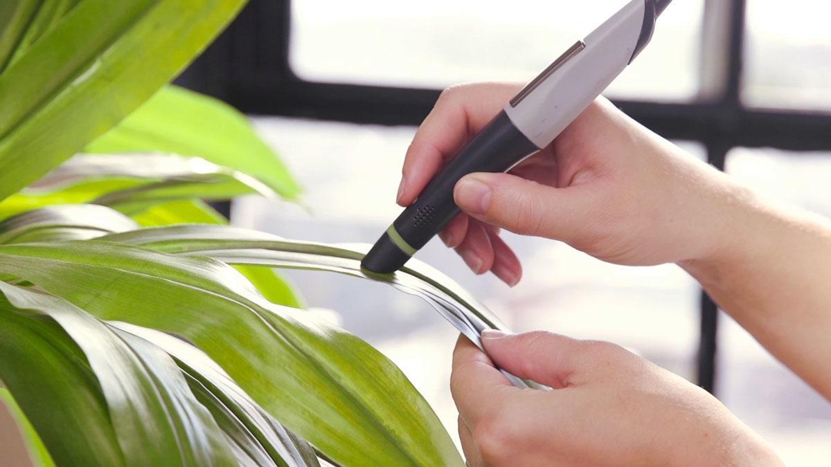 Чудо-ручка, которая вмещает в себе 16 млн чернил