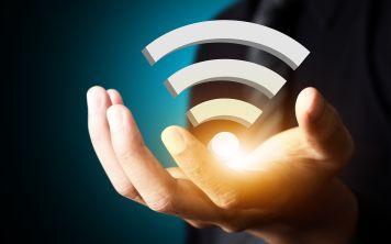 Почему падает скорость интернета через роутер по wifi?