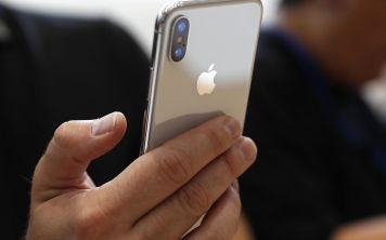 Стоит ли iPhone X своих денег? Мнение экспертов