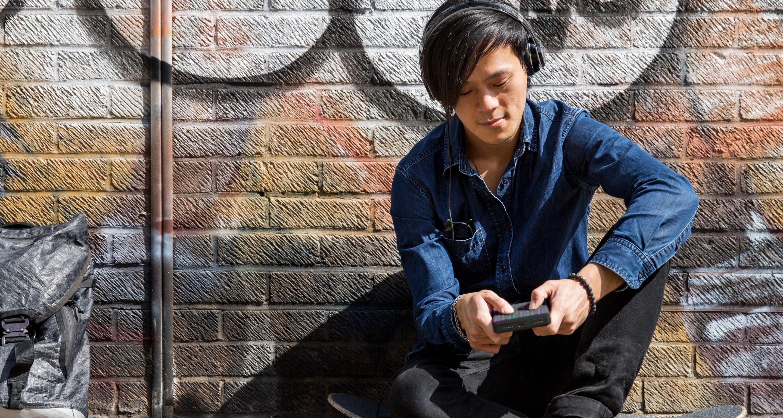 Новый блочный синтезатор Roli Lightpad Block M помещается в вашем кармане