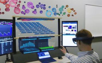 Oculus Rift и HTC Vive не будут включены в голографическую Windows