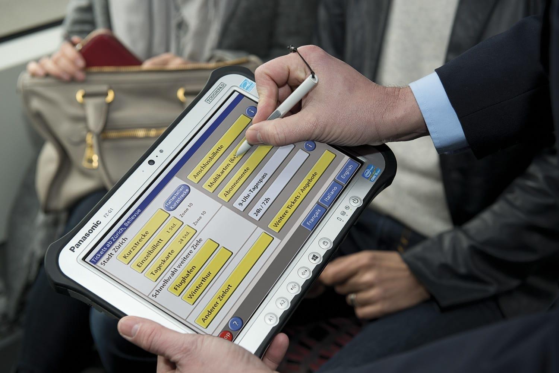 Panasonic представила планшет с защитой от взрывов
