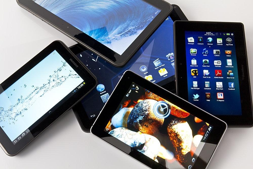 10 хороших планшетов до 15 000 рублей
