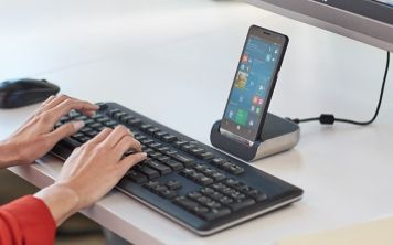 HP Elite X3: смартфон на Windows 10 с подставкой